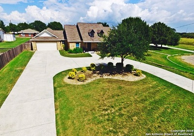 Atascosa County Single Family Home Active Option: 14531 Chance Dr