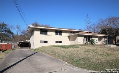 Castle Hills Single Family Home For Sale: 109 Atwater