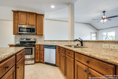 Bandera Single Family Home For Sale: 363 Frontier Ln