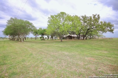 Falls City TX Single Family Home Active RFR: $299,000