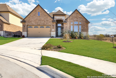 Schertz, Cibolo Single Family Home For Sale: 208 Calera Cove