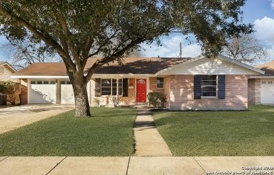 San Antonio Single Family Home Active Option: 5019 Stoneleigh Dr