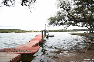 Lakehills TX Single Family Home Active Option: $149,900