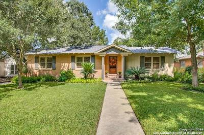 San Antonio Single Family Home For Sale: 147 Ivy Ln