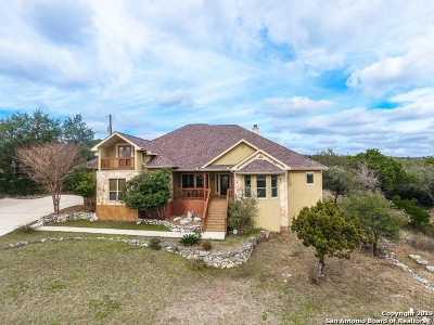 New Braunfels Single Family Home For Sale: 125 Lupin Circle