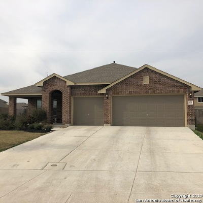 Guadalupe County Single Family Home New: 608 Ridgemeadow Dr