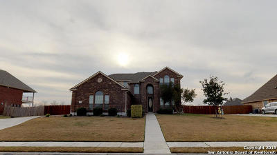 Schertz Single Family Home For Sale: 7006 Hallie Hts