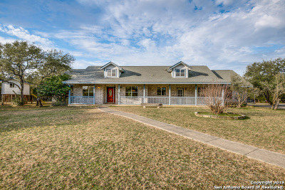 New Braunfels Single Family Home Active Option: 28414 Oak Creek Dr