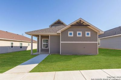 Floresville TX Single Family Home New: $201,220