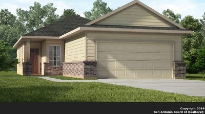 New Braunfels Single Family Home New: 121 Buttercup Bend