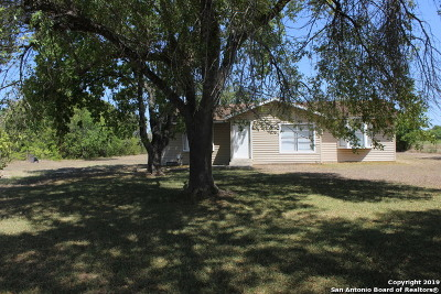Seguin Single Family Home New: 4005 Fm 466