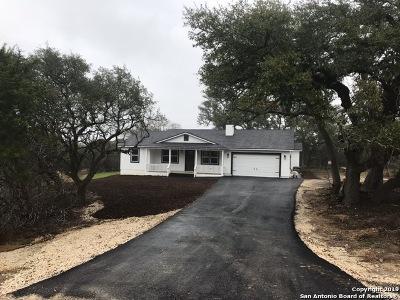 Canyon Lake Single Family Home For Sale: 142 Native Pecan