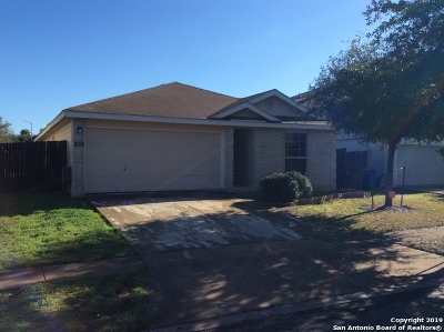 San Antonio Single Family Home New: 322 English Saddle