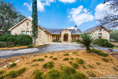 New Braunfels Single Family Home Active Option: 372 Shady Hollow