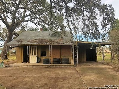 Atascosa County Single Family Home Active Option: 623 Sanches