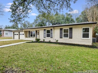 San Antonio Single Family Home New: 435 Oakleaf Dr