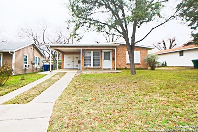 San Antonio Single Family Home New: 555 E Palfrey St