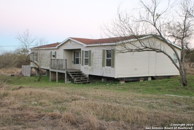 Castroville Manufactured Home Active Option: 9706 County Road 576