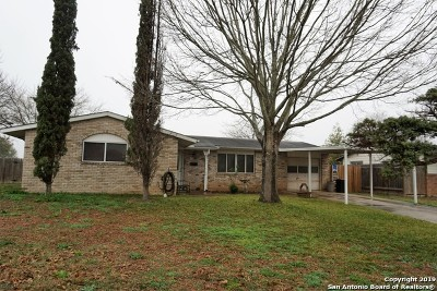 Schertz Single Family Home New: 401 Westchester