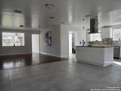 San Antonio Single Family Home New: 310 Timberlane Dr