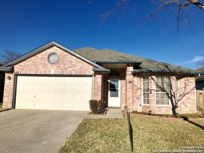 San Antonio Single Family Home New: 4927 Aspen View