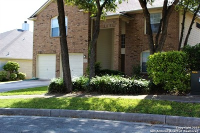 Cibolo Single Family Home New: 208 Deer Mesa