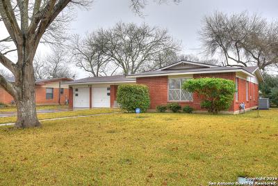 Universal City Single Family Home Active Option: 301 E Langley Blvd