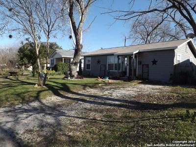 Schertz Single Family Home New: 708 Curtiss St