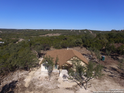 Canyon Lake Single Family Home For Sale: 963 Shelly Dr
