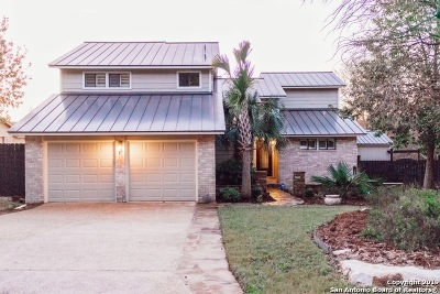 Encino Park Single Family Home Active Option: 19919 Park Bluff St