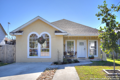 Single Family Home For Sale: 624 Delaware St
