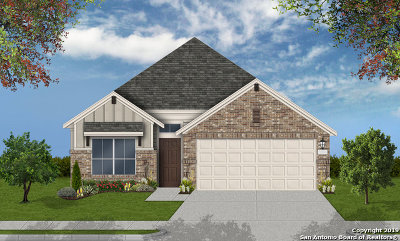 Schertz Single Family Home For Sale: 2029 Market Trail