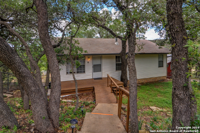 Canyon Lake Single Family Home For Sale: 1111 Hillcrest Forest