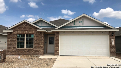 New Braunfels Single Family Home Back on Market: 2473 McCrae