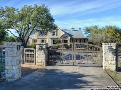 Boerne Single Family Home For Sale: 610 Rio Cordillera