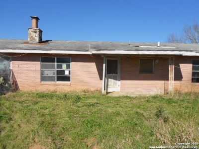 Atascosa County Single Family Home For Sale: 2885 Fm 3175