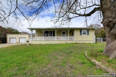 Kerrville Single Family Home For Sale: 119 Silver Creek Run S