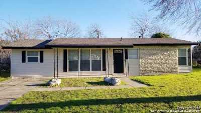 Single Family Home Active Option: 5715 Knoll Krest St