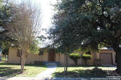 San Antonio Single Family Home For Sale: 242 Babcock Rd
