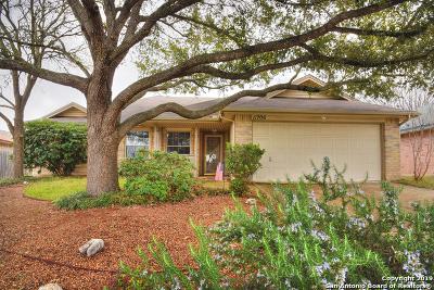 Live Oak Single Family Home Active Option: 11706 Forest Pond