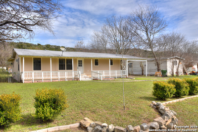 Canyon Lake Single Family Home Active Option: 1623 Valley Dr