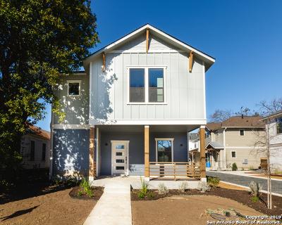 Condo/Townhouse For Sale: 421 E Mistletoe #100