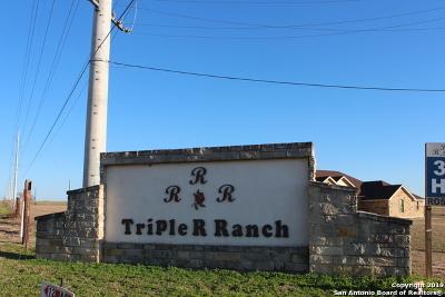 La Vernia Residential Lots & Land For Sale: 188 Triple R Dr