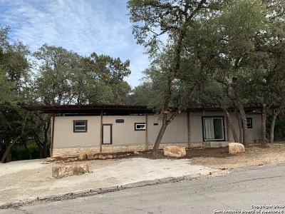 Canyon Lake Single Family Home For Sale: 1129 Rambling Dr