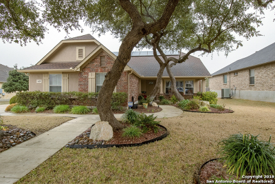Schertz Single Family Home For Sale: 429 Whitetail Pass