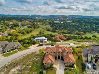 Bexar County Single Family Home For Sale: 18042 Granite Hills Dr