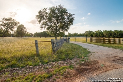 Bandera County Single Family Home For Sale: 177 Medina Bend Rd
