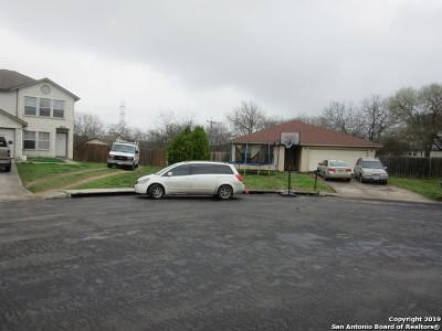 Single Family Home New: 5947 Misty Gln