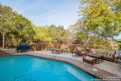 Canyon Lake Single Family Home For Sale: 214 Watts Ln