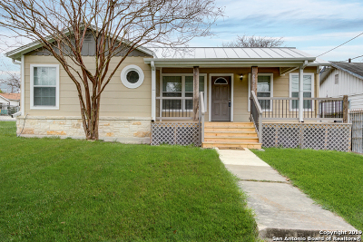 Single Family Home Active Option: 802 W Norwood Ct